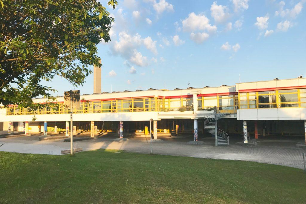Schulgebäude KSGD